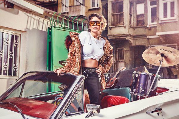 Simge yeni albümünü ve daha fazlasını Women's Style Türkiye'ye anlattı